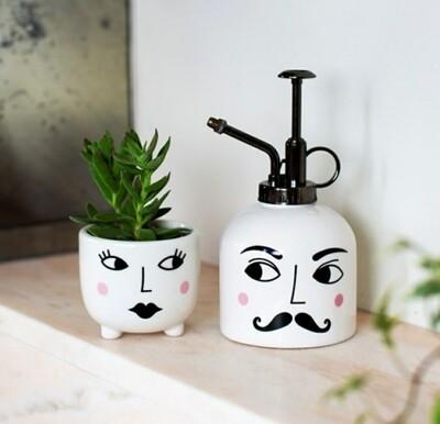 Mr & Mrs Planter Set