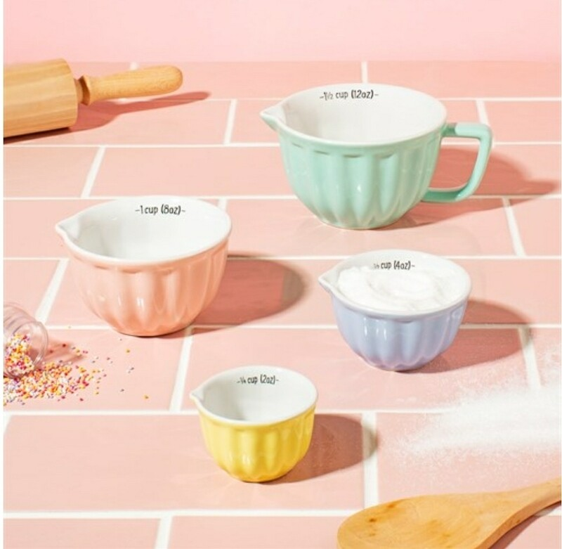 Pastel Measuring Cups Set of 4
