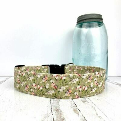 Classic Green Floral Dog Collar