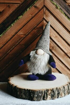 Large Gnome 17-12
