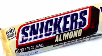 Snickers - Almond