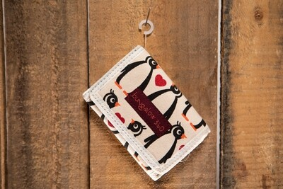 Bungalow 360 Trifold Wallet Penguin