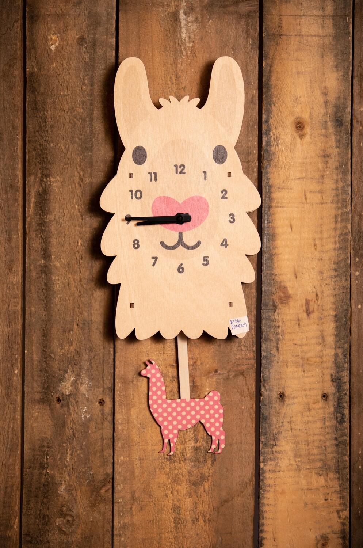Llama Pendulum Clock - PEN069