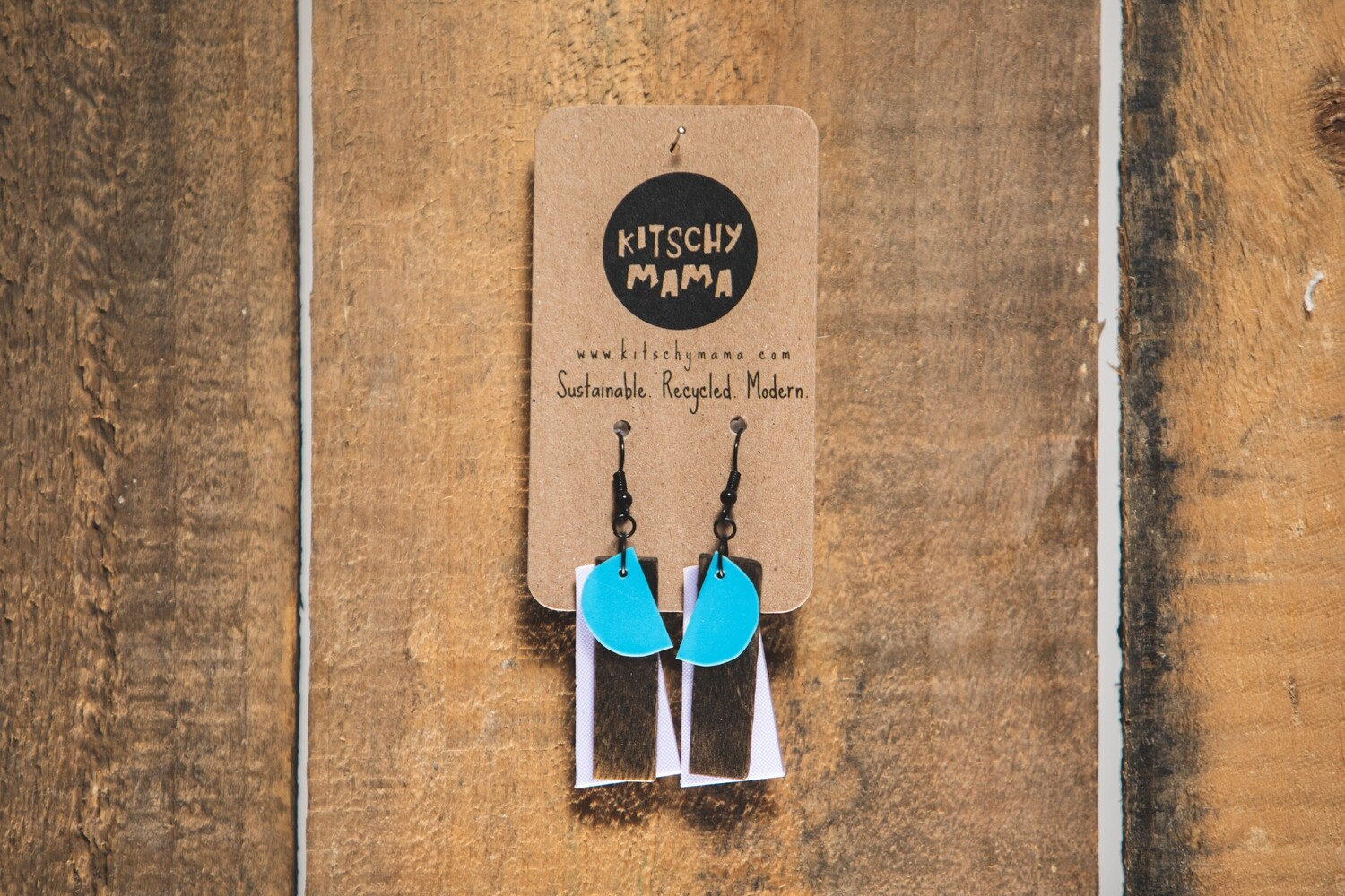 Kitschy Mama Earrings White and Turq