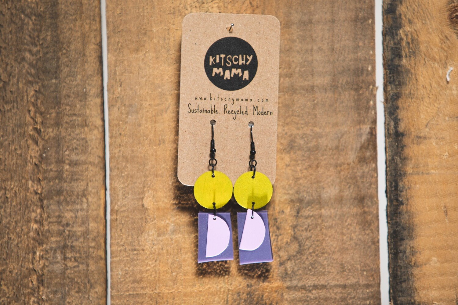 Kitschy Mama Earrings Pastel, Purple, Yellow