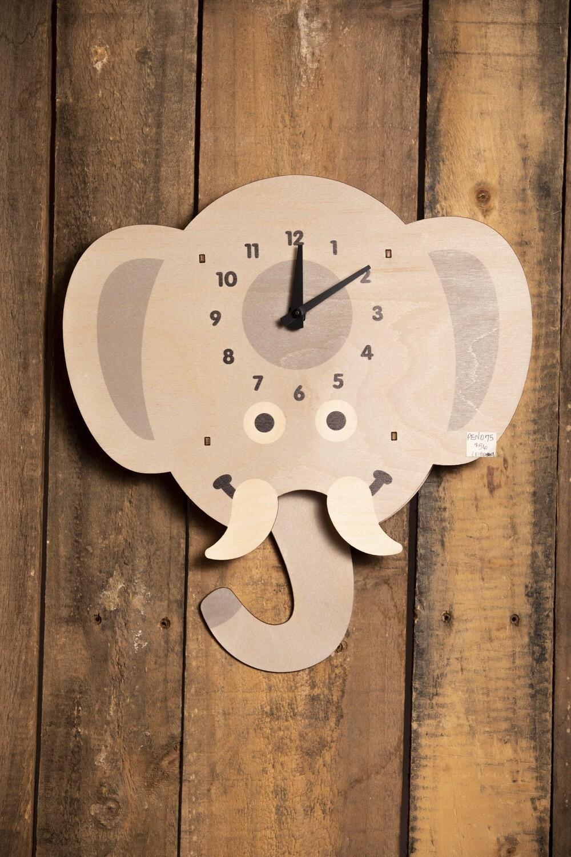 Elephant Pendulum Clock PEN075