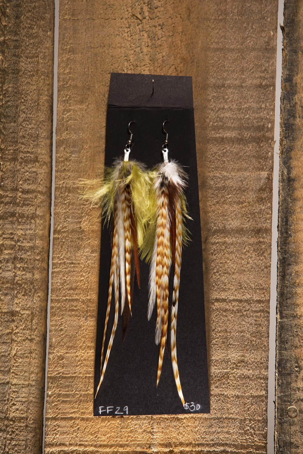 FF29 Med. Feather Earrings