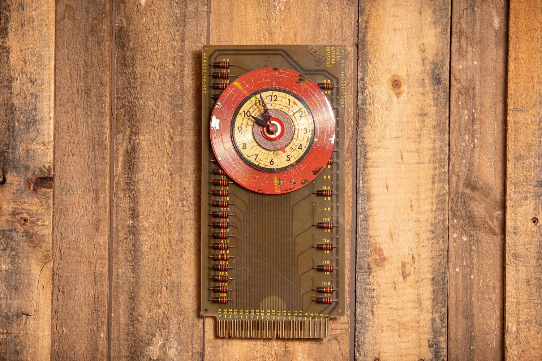 MT126 Clock