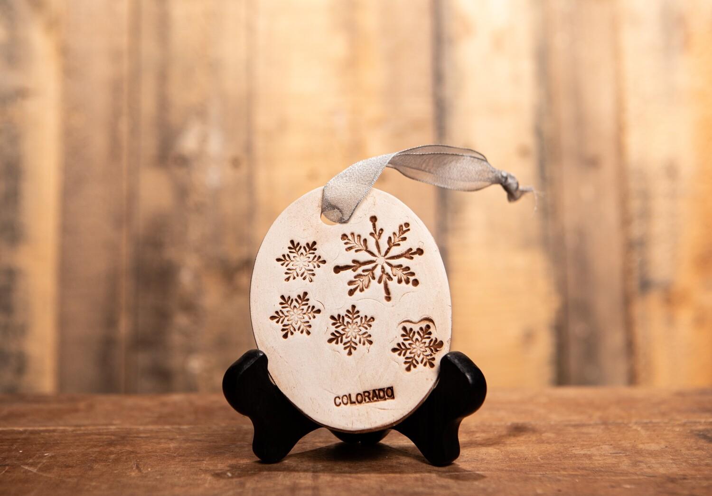 BN212 Snowklake Colorado Ornament