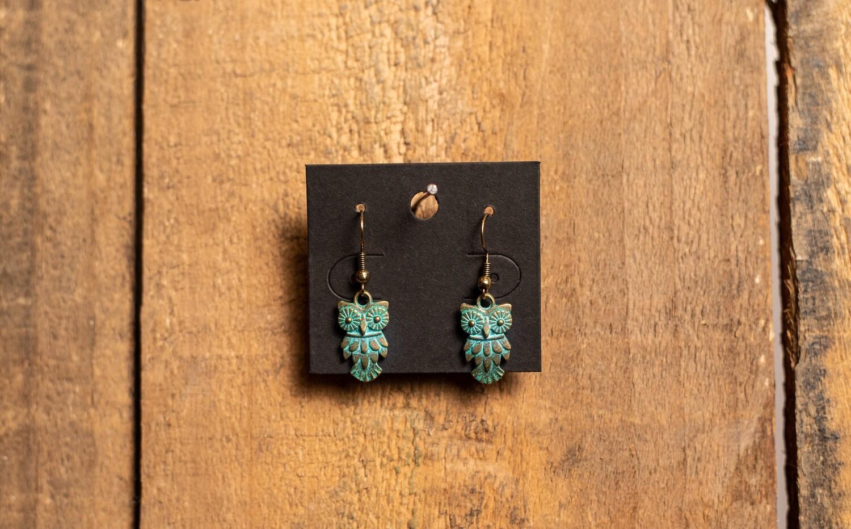 PE1G Verdigris Owl earring