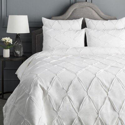 ALDEN Duvet Cover with Two Shams