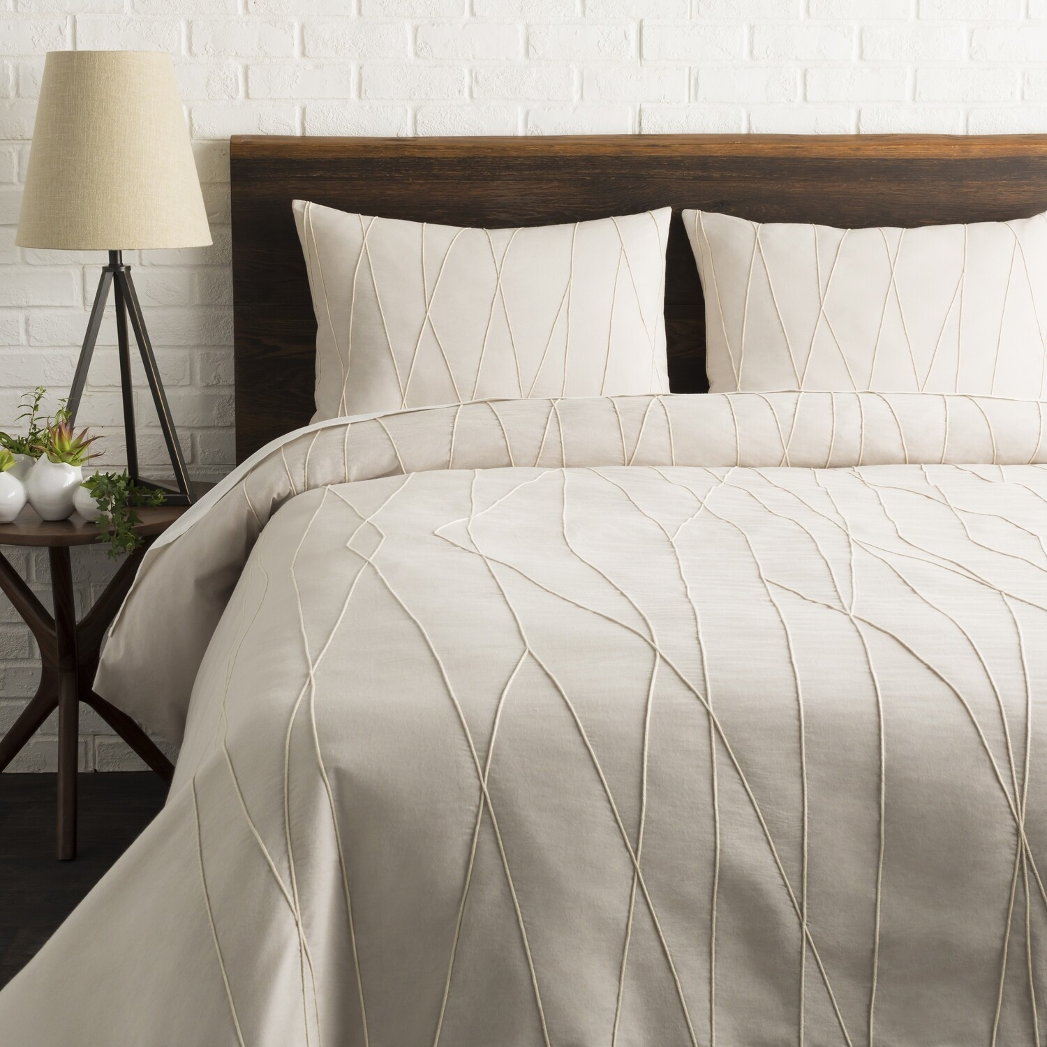 MANOMET Duvet Cover with Two Shams