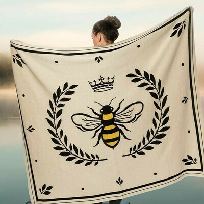 Bee In Crest Throw Blanket