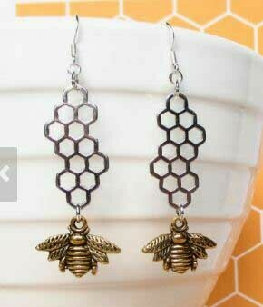 Silver Honeycomb w/Gold Bee Dangle Earring