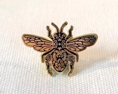 Anna Montagne Bee Pin