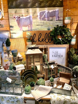 Display: Natural Farmhouse