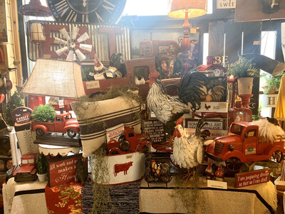 Display: Red Truck/Rooster