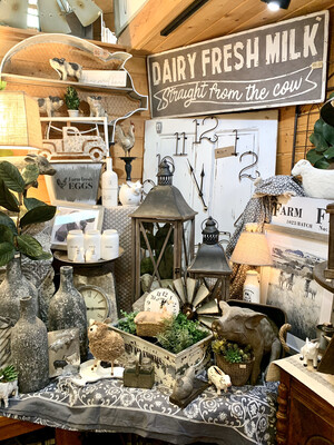Display: White/gray Farmhouse #2