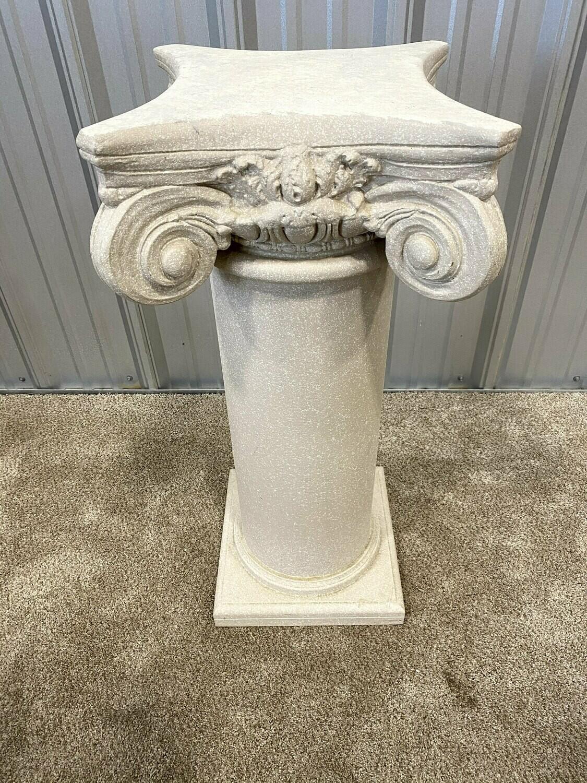 Resin Pedestal #1490