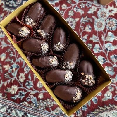 CHOCOLATE ALMONDS DATES