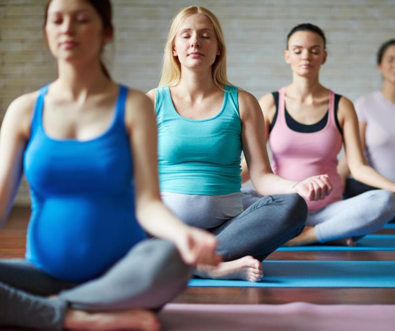 Yoga thérapeutique PRÉNATAL