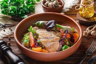 Стейк-салат зi свининою
