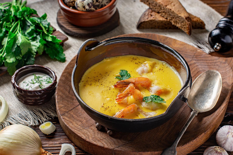Сырный суп с тигровыми креветками