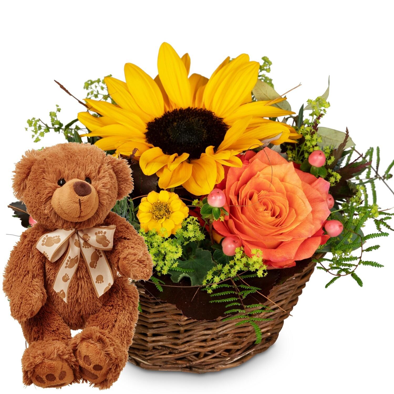 Sommerliches Gesteck mit Teddybär
