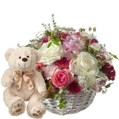 Korb mit Rosen und Teddybär