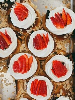 Erdbeeren-Rolls 2 Stück (Vegan)