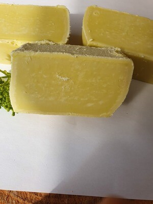 100 % Olivenöl Seife, vegan, für die empfindliche Haut, parfümfrei