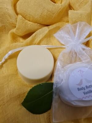 Feste Body Butter, Vanille,  mit sehr hochwertigen Ölen, im Geschenksäckchen