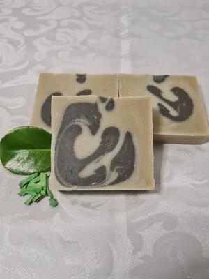 Tobacco Dusch Seife, vegan, handgemachte Seife, für empfindliche und trockene Haut mit Olivenöl und Kakaobutter