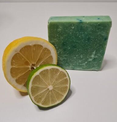 Lemongras Seife, handgemacht und geschnitten, vegan, mit Kakaobutter und Olivenöl, für die empfindliche Haut, mit ätherischen Ölen
