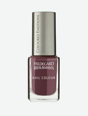 Hildegard Brauckmann  Nail Colour rubinrot