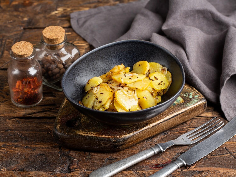 жаренный картофель (с луком)