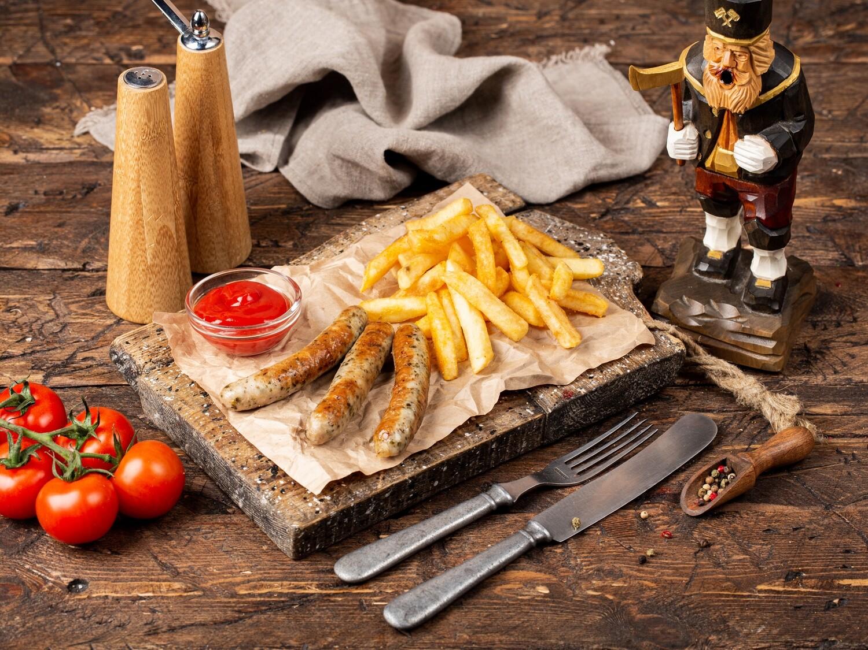 Нюрнбергские колбаски с гарниром