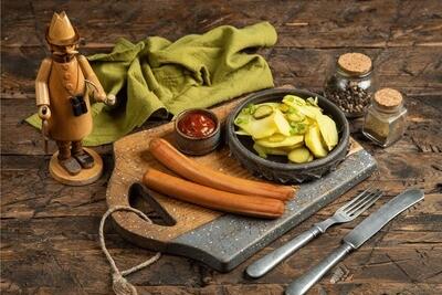 Пара Венских сосисок с картофельным салатом