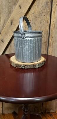 Medium Tin Bucket With Liner
