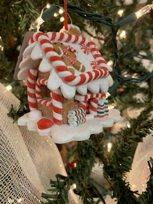 Lighted Gingerbread House Ornament 3.25