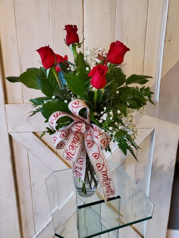 6 Rose Vase Bouquet RED
