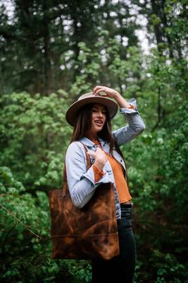 Juneau leather tote