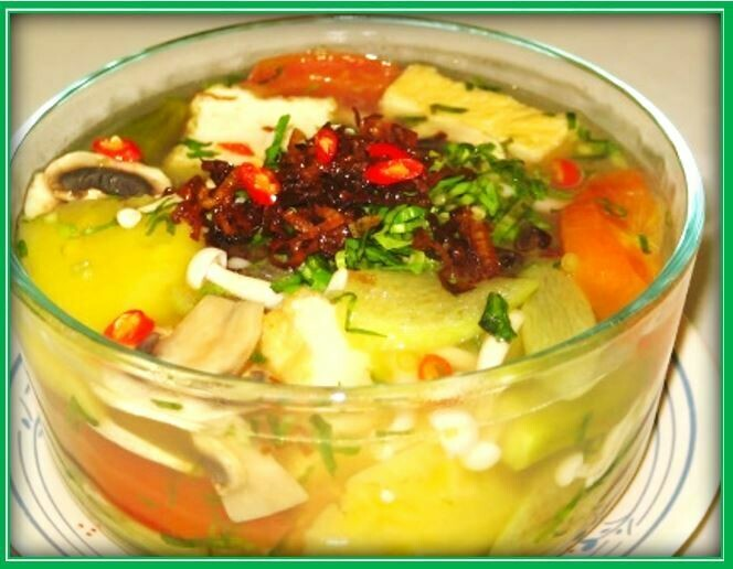 (S2) Sweet & Sour Soup (Canh Chua)