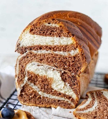 Chleb żytni 100% dwukolorowy