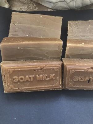 Goat milk soap with honey & oatmeal