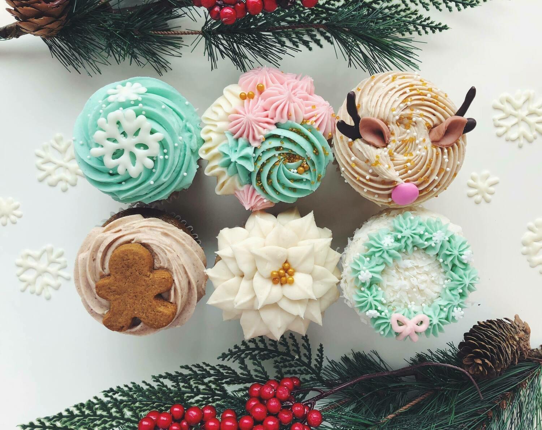 Half Dozen Winter Wonderland Cupcakes