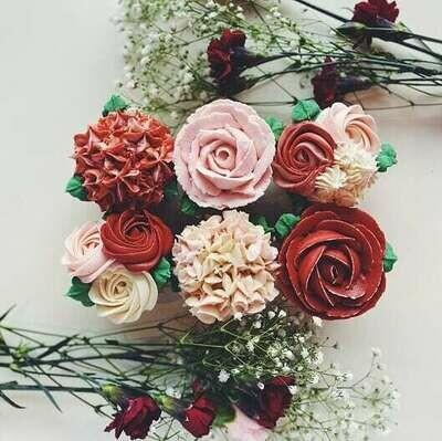 Valentine's Floral Cupcakes