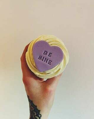 Valentine's 'Be Mine' Cupcake