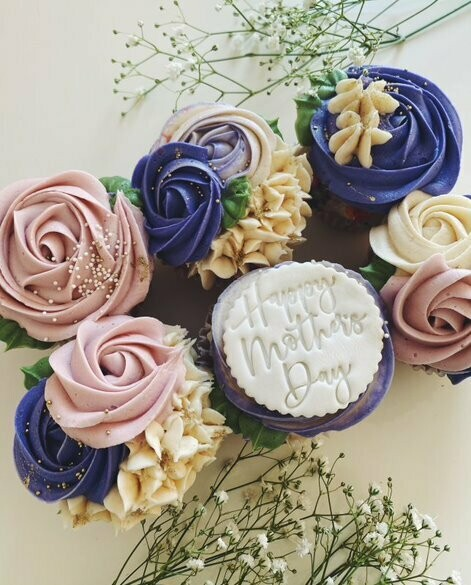 Mother's Day Floral Cupcakes