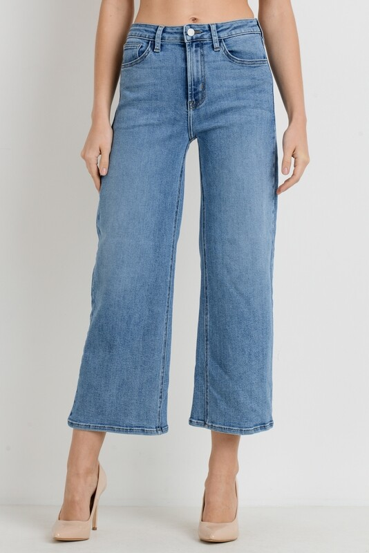 High-Rise Medium Wide Leg Jeans